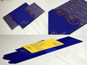 Door Style Hindu Wedding Card GC 3013